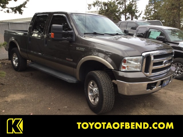 Pre Owned 2006 Ford Super Duty F 250 Lariat