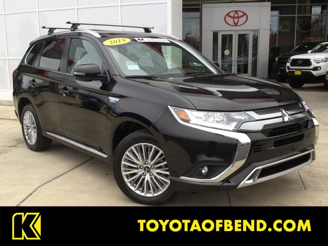 Pre-Owned 2019 Mitsubishi Outlander PHEV SEL